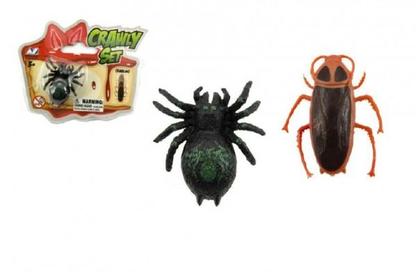 Pavouk/šváb lezoucí po skle plast 4cm asst 2 druhy v blistru