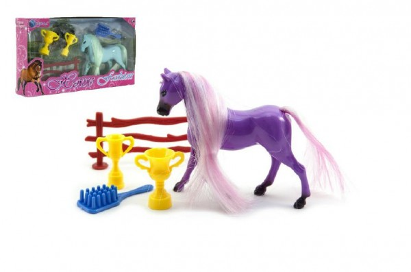 Kůň s hřívou česací a doplňky plast 2 barvy v krabičce 20x11x3,5cm
