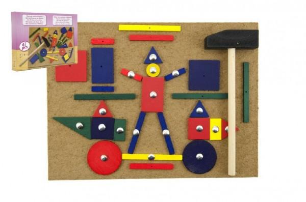 Podložka zatloukací s kladívkem a hřebíky dřevo 67ks v krabici 28x20x4cm
