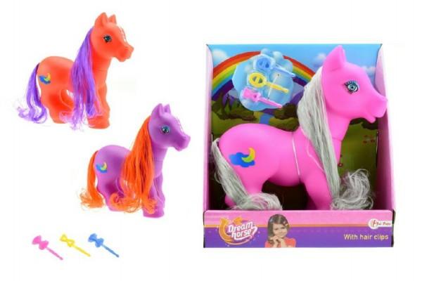 Kůň pony česací s hřívou a s hřebínkem guma/plast 22cm asst 3 barvy v krabici