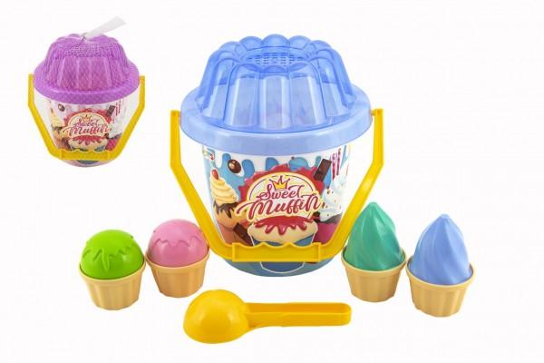 Sada na písek plast kbelík, lopatka, bábovky 2 barvy v síťce 20x21x20cm 12m+