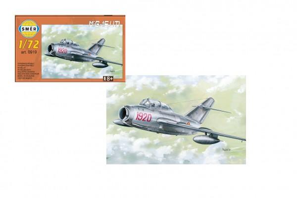 Model MiG-15 UTI 1:72  15 x 14 cm v krabici 25x14x5 cm